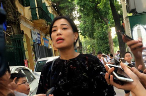 Vợ Xuân Bắc phản pháo Trang Trần: