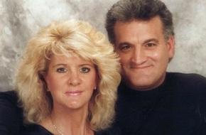 25 năm sau khi bị người tình của chồng đánh ghen, dùng súng bắn vào mặt, người vợ cuối cùng đã tìm được nụ cười