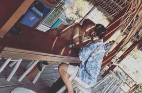 Hương Giang Idol khoe ảnh hôn đắm đuối bạn trai Tây đẹp như siêu mẫu