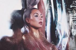 'Kim siêu vòng 3' gây chú ý khi khỏa thân để bán mỹ phẩm