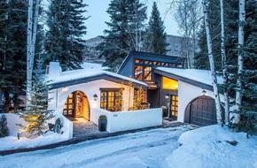 9 ngôi nhà có tuyết bao phủ đẹp như mùa đông ở xứ sở thần tiên