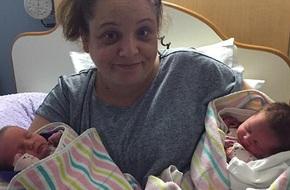 Mẹ đau đớn mất con đầu lòng, 8 tháng sau điều kì diệu xảy đến khiến cô vỡ òa