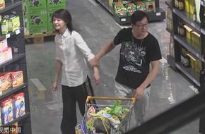 """Trịnh Sảng mặc giản dị như """"nông dân"""" khi đi siêu thị cùng bố"""