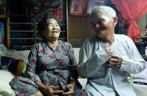 """Ông lão 80 tuổi bán xôi nuôi vợ bệnh ở Sài Gòn: """"Tình yêu ngày xưa bình dị lắm con ơi!"""""""