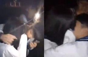 Trung Quốc: Nhóm nam sinh mặc đồng phục cưỡng hôn bạn học nữ khiến dư luận bức xúc