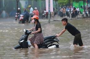 Dự báo thời tiết hôm nay (7.6): Mưa lớn, cảnh báo ngập lụt khu vực nội thành Hà Nội
