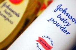 Johnson & Johnson bồi thường 417 triệu USD vì phấn rôm gây ung thư