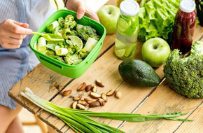 10 lời khuyên giảm cân lành mạnh của các chuyên gia dinh dưỡng hàng đầu khiến bạn rất 'ưng cái bụng' khi áp dụng