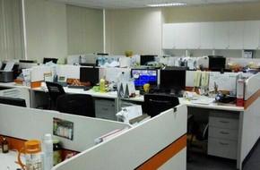 TP.HCM: Một số công ty cho nhân viên nghỉ để tránh bão Tembin