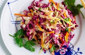 Salad bắp cải làm kiểu này đã nhanh lại còn ngon lắm nhé!