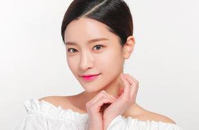 Chăm thực hiện các động tác massage  giống phụ nữ Hàn, khuôn mặt bạn sẽ thon gọn đi trông thấy