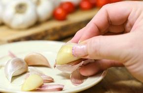 Dùng tỏi để chữa nấm 'vùng kín': Tiến sỹ Mỹ cảnh báo bạn nên dừng lại ngay lập tức