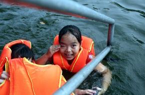 Hà Nội: cả làng cùng hùn tiền cải tạo, biến ao ô nhiễm thành