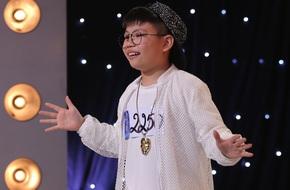 Xuất hiện cậu bé 13 tuổi hát nhạc chế gây náo loạn Vietnam Idol Kids