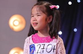 Cô bé khiếm thị 9 tuổi khiến bất cứ ai xem Vietnam Idol Kids cũng phải xúc động
