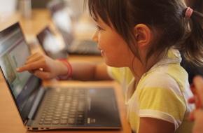 5 cách giúp trẻ rời khỏi các thiết bị điện tử mà không khóc lóc