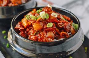 Mưa lạnh không thể bỏ qua món thịt heo xào kim chi ngon tuyệt đỉnh