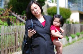 Những chia sẻ ấn tượng và chân thực về công cuộc làm mẹ của bà mẹ 2 con