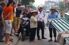 Người chạy xe xích lô chở tôn cứa cổ bé trai 10 tuổi tử vong: