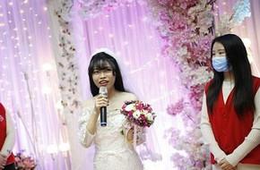 Đám cưới không chú rể ngỡ như trong mơ của cô gái mắc bệnh ung thư