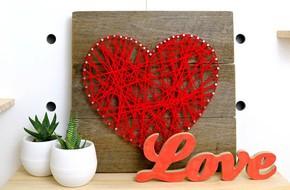 Trang trí nhà đẹp xinh với tranh len hình trái tim cực yêu
