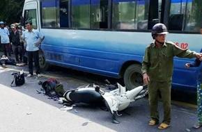 2 anh em thương vong trên đường về quê ăn Tết: Người mẹ đau đớn òa khóc khi thấy thi thể con