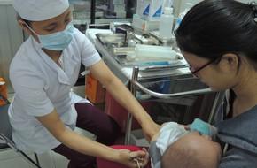TP.HCM: Người già, trẻ nhỏ bệnh hô hấp tăng đột biến dịp cận Tết
