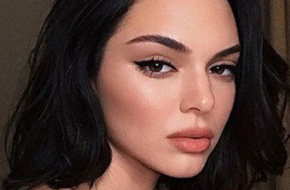 Môi lại tều hơn trước, Kendall Jenner giờ trông như bản sao của cô em Kylie