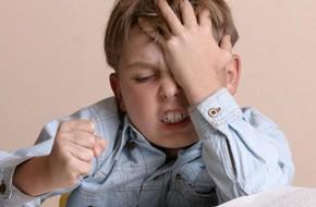 Cha mẹ nên biết: Để trẻ căng thẳng, cơ thể trẻ sẽ rơi vào những dấu hiệu nguy hiểm này