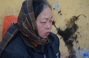 Xót xa phận đời của đôi vợ chồng Hà Nội sống trong căn nhà rác, hơn 20 năm chưa có được cái Tết trọn vẹn