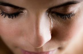 Đừng chủ quan bỏ qua nếu thấy mắt xuất hiện các triệu chứng bất thường sau