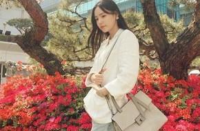 Bất kể xuân hạ thu đông, Min Hyo Rin cũng luôn trung thành với công thức mix đồ này