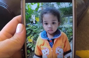 Nhận con gái nuôi được 2 tháng, người mẹ đau đớn khi nhìn thấy một tấm ảnh và bật khóc: