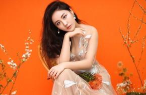 Văn Mai Hương táo bạo diện váy trong suốt, trải lòng chuyện tình đã qua bằng âm nhạc