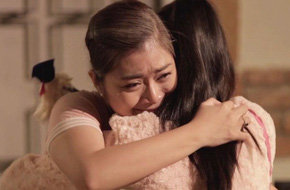 Lấy chồng cách nhà 800km cô gái lên mạng khóc lóc, ân hận vì không nghe lời mẹ