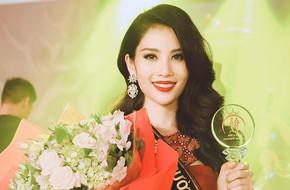 Chị gái song sinh của Nam Em bất ngờ đăng quang cuộc thi 'Người mẫu thời trang Việt Nam 2018'