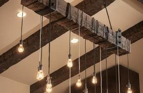 3 cách trang trí nhà bằng bóng đèn chiếu cực chất dành cho những người phong cách