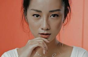 Ngỡ ngàng trước nhan sắc ngoài 30 xinh đẹp, gợi cảm của MC The Voice - Đặng Quỳnh Chi