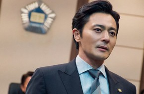 Jang Dong Gun gây ngỡ ngàng với vẻ đẹp ngời ngời, mặt không nếp nhăn trong phim mới