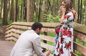Bạn trai mới đưa tôi và con gái vào rừng dạo chơi rồi làm một việc khiến cả hai mẹ con không ngừng khóc