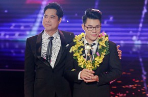 Vượt mặt Như Quỳnh, học trò Ngọc Sơn trở thành Quán quân Thần tượng Bolero 2018