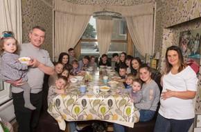 Người phụ nữ mắn đẻ nhất nước Anh: 28 năm có tới 21 người con