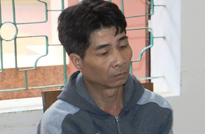 Nghệ An: Cho bé gái 10 nghìn đồng và 1 cái kẹo rồi khống chế dâm ô, kẻ đồi bại lĩnh án 2 năm tù