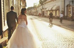Con gái khôn thì đừng lấy chồng xa, chồng có tốt đến đâu cũng không bằng bố mẹ