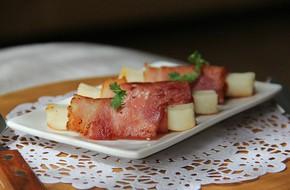Thịt xông khói cuộn phô mai - món khai vị 'chuẩn Tây' vừa ngon vừa đẹp