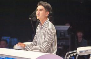 Hết té ngã 'sấp mặt', Ngọc Trai lại mỉa mai Ngô Kiến Huy về cách làm MC