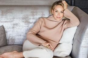 Người đẹp 'Bản Năng Gốc' Sharon Stone và bí quyết giữ thân hình nóng bỏng nuột nà bất chấp đã bước sang tuổi 60