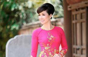 Sau 30 năm, Hoa hậu Việt Nam đầu tiên Bùi Bích Phương vẫn đẹp rực rỡ, ngồi ghế nóng cùng Đỗ Mỹ Linh