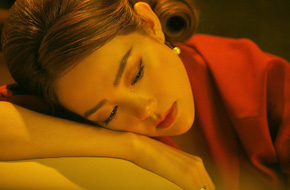 Trở thành cô dâu chưa bao lâu, Minh Hằng đã phải khóc cạn nước mắt vì bị phụ tình