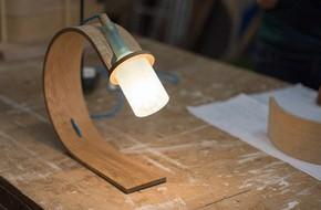 Đèn tái chế có thiết kế hiện đại tối giản đẹp như một cơn mơ